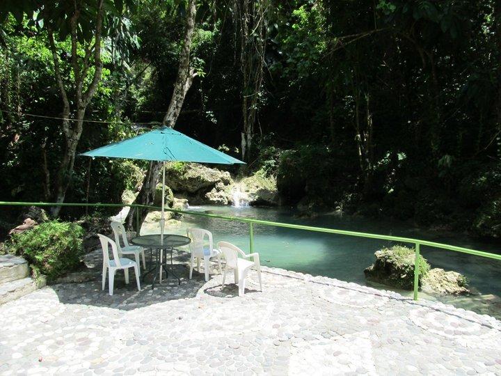 Riverside seating at Somerset Falls