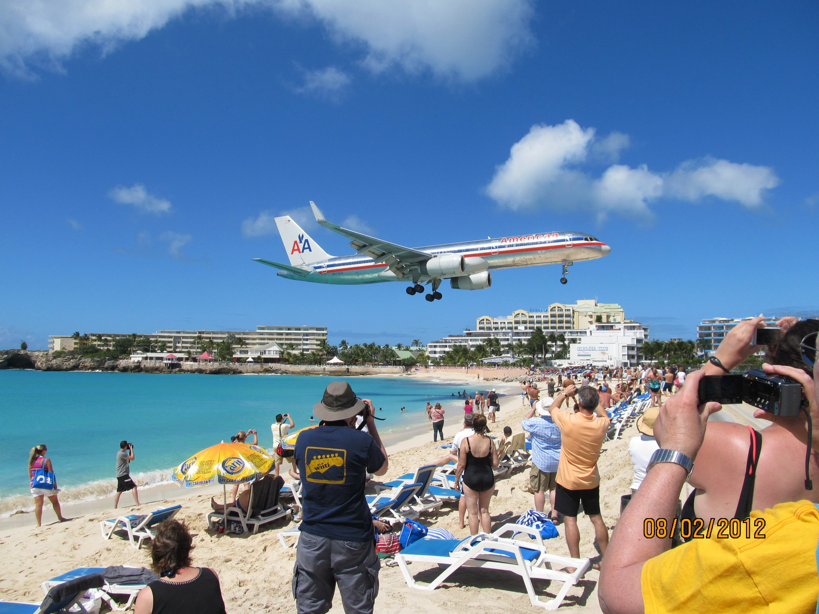 Plane Spotting in St. Maarten: An Insanely Memorable Stopover