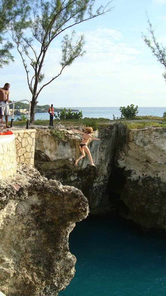 Cliff Diving Ricks Cafe Negril Jamaica