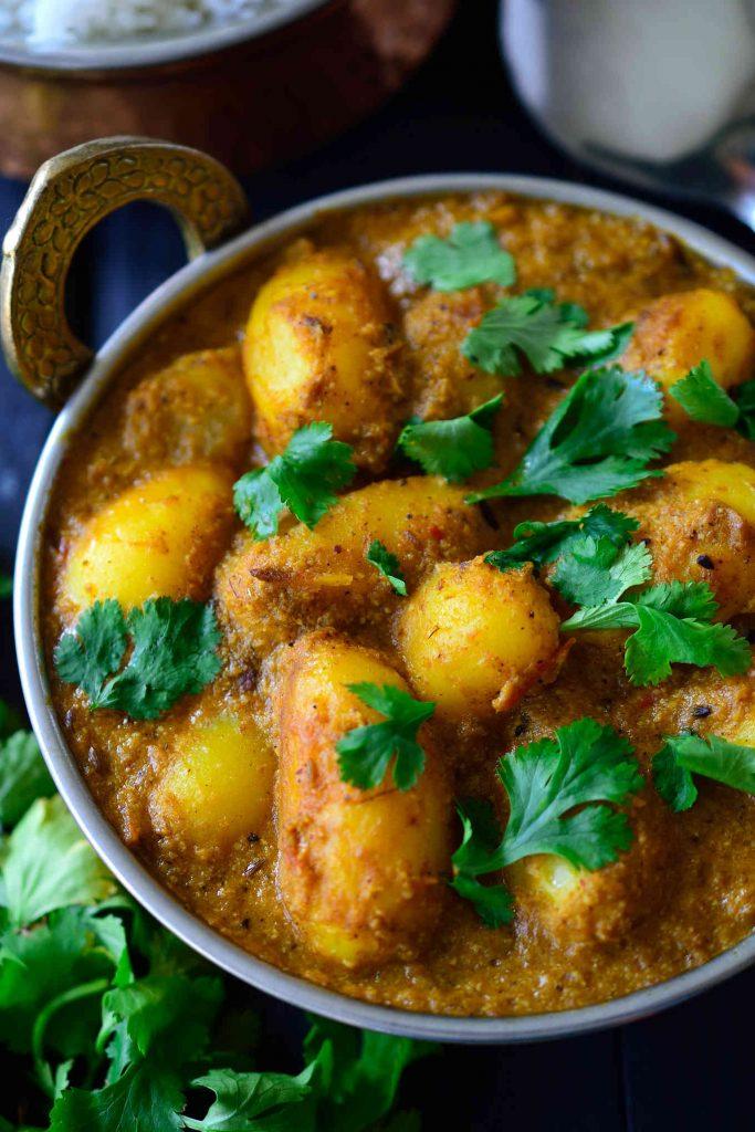 vegan-potato-curry-dum-aloo-photo-1.1