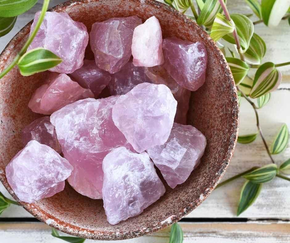 Can rose quartz go in water?
